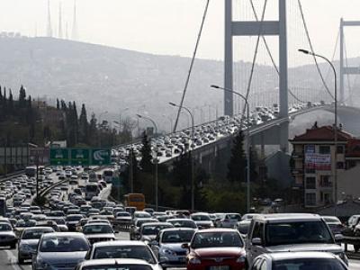 İstanbul'da Trafik Çilesi Artarak Devam Ediyor