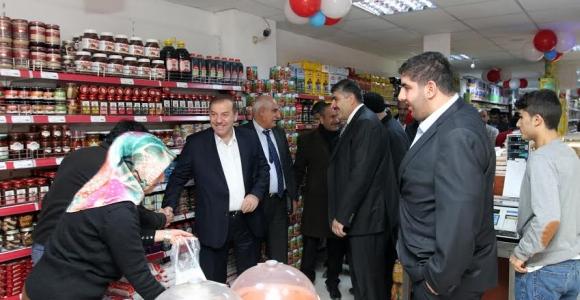 Kadıoğlu, Şit Marketler 3'ün Açılışını Gerçekleitirildi