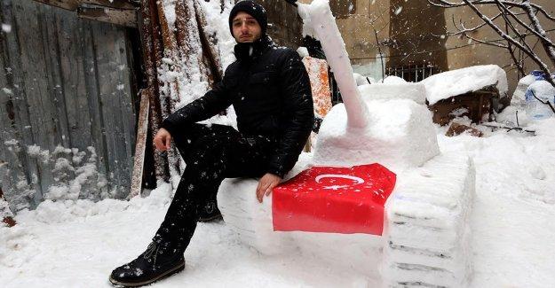 Kardan 'Fetösavar' İlgi Çekiyor