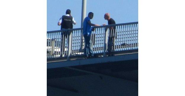 Kuleli'de görevli Kurmay Albay, Boğaz Köprüsü'nde intihara kalkıştı