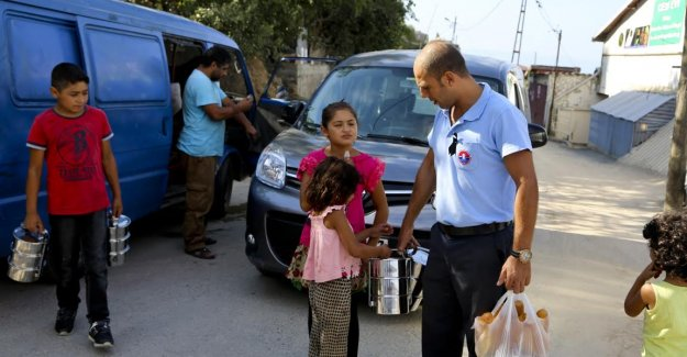 Maltepe Belediyesi'nden ihtiyaç sahibi ailelere yardım
