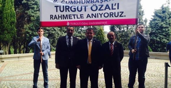 Muhtarlar 8.Cumhurbaşkanı Merhum Turgut Özal'ı Unutmadı
