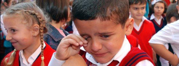 'Okula gitmek istemiyorum' diyen çocuğa dikkat!