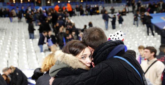Paris'te kanlı gece!