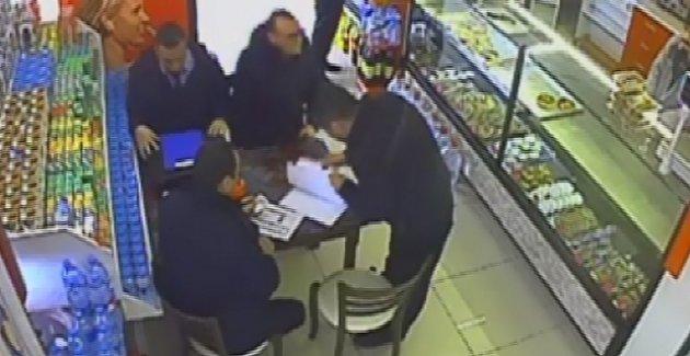 Polisten Avcılar Belediyesi'nin zabıtalarına rüşvet baskını