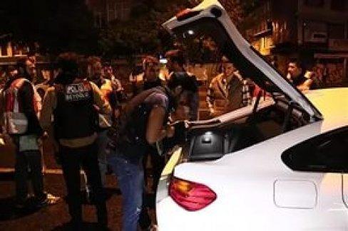 Polisten İstanbul genelinde 'Yeditepe Huzur' operasyonu...