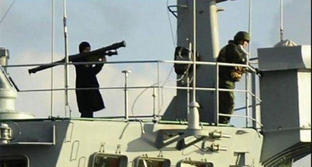 Rus savaş gemisi 10 gün sonra 'füzesiz' geçti