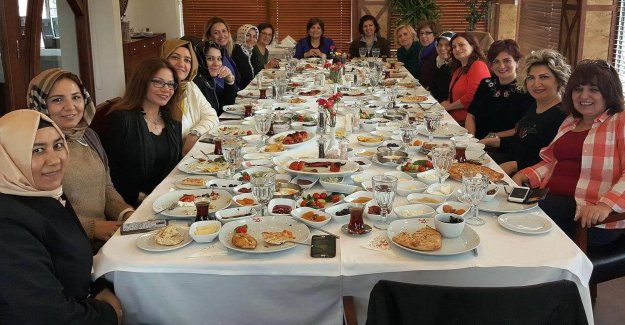 Şanlıurfalı hanımlar kahvaltıda buluştu