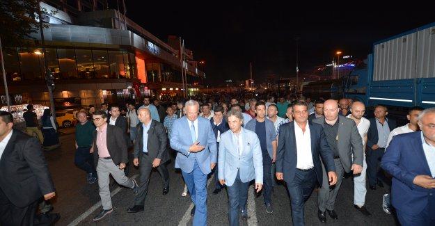 Şişli Belediye Başkanı Hayri İnönü Demokrasi Nöbetinde