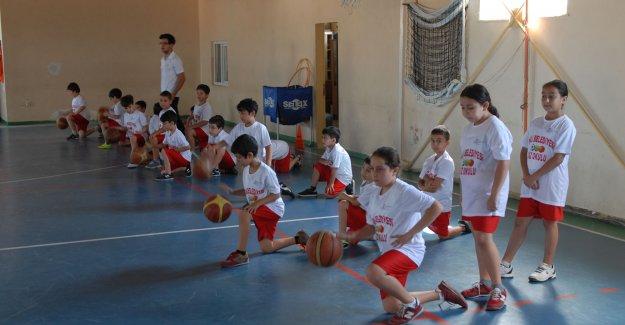 Şişli'de Yaz Okulları Devam Ediyor