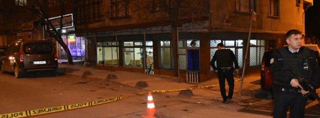 Sultançiftliği'nde kahvehaneye silahlı saldırı: 2 yaralı