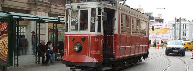 Taksim'deki Nostaljik Tramvay'da eylem