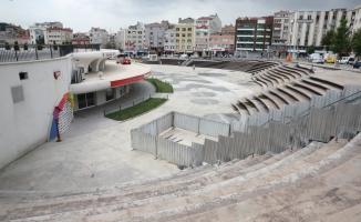 15 Temmuz Meydanı'nda Yenileme Çalışmaları Başladı