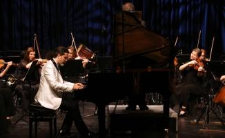 İdso'dan Ata'ya Saygı Konseri