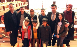 """""""Türk ve Suriyeli öğrenciler Gazi Meclisi ziyaret etti"""""""