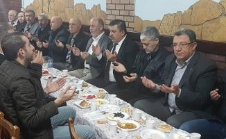 Ak Parti Zeytinburnu Camii Cemaati ile Kahvaltıda Buluştu