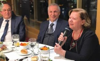 Avrasya Hastaneleri Başarısını Yemekli Toplantı ile Kutladı