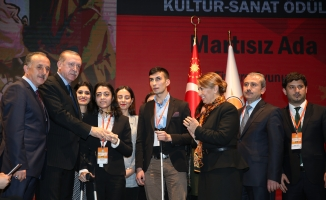 """Bağcılar Belediyesi'ne '' Engelleri Aşanlar"""" ödülü"""