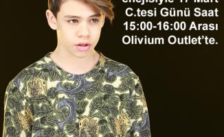 Alper Erözer Mini Konser ve İmza Günü Olivium Outlet'te…