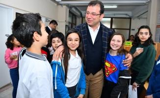 Başkan İmamoğlu Okulları Ziyaret Etti