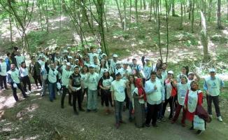 Engeliller Üniversite öğrencileriyle doğa yürüyüşü yaptı