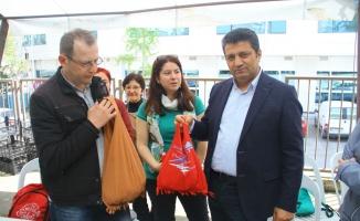 Kartal'da Eski Tişörtler Çantaya Dönüşüyor