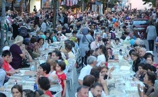 """""""Sevgi Sofrası""""nda Ramazan bereketi"""