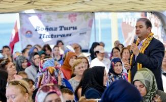 15 bin Maltepeli kadın İstanbul Boğazı'yla buluştu