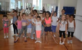 Yazın Sanat Kursları 820 çocuğa ulaştı