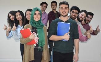 Üniversite yolu Esenyurt Belediyesi'nin hazırlık kurslarında