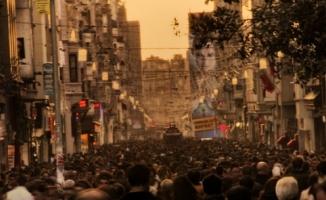 Günde 3 milyon insanı ağırlayan cadde