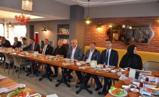 Başkan Op. Dr. Altınok Öz aday adaylarıyla buluştu
