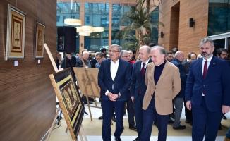 Sanatçı Mehmet Emin Erdal'ın 'Hüsn'ü Naht' sergisi açıldı