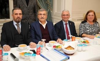 """Başkan Murat Aydın: """"Bir santimetre kare yerinizi bile satmayın"""""""