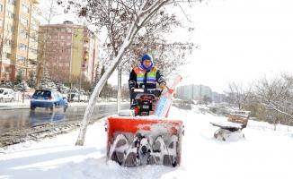 Beylikdüzü Belediyesi, karla mücadele çalışmalarını tamamladı