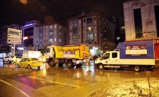 Kartal Belediyesi 24 saat aralıksız çalışıyor