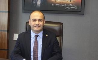Karabat, Meslektaşlarının hakları için Önerge verdi
