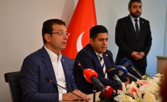 İmamoğlu : Siyasi partilerle kuracağımız ortak masa, Türkiye'nin demokrasi sürecine büyük katkı sunacaktır.
