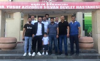 Pizzanın Piri Diyarbakır'da Çocuklarla Kucaklaştı