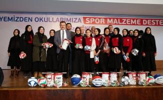Eyüpsultan Belediyesinden Okullara Spor Malzeme Desteği