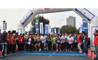 İstanbul'u Koşuyorum Serisinde Paten Yarışı!