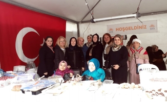Bağcılar'lı Kadınlar, İdlibliler İçin Hayır Kermesi Düzenledi