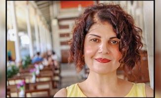 Meral Saklıyan : Hem Doktor,Hem Yazar,Hem Tiyatrocu