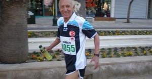 82 Yaşındaki Sporcu Cumhuriyet Koşusu'na Hazır