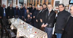 Ak Parti'de Önce Namaz Sonra Kahvaltı