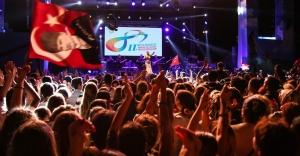 """Barış Ve Sevgi Buluşmaları'nda Bu Yıl """"Cumhuriyet Ve Demokrasi"""" Coşkusu Yaşanacak"""