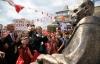 Başkan Altınok Öz, Yakacık Meydanı'nda Atatürk Anıtı'nın Açılışını Yaptı