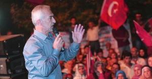 Başkan Kadir Topbaş Darbecilere Kağıthane'den Seslendi