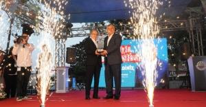 Beyaz Martı Edebiyat Onur Ödülü Zülfü Livaneli'ye