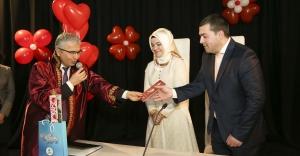 Beykoz'da 14 Şubat Çiftleri'ne Romantik Nikâh
